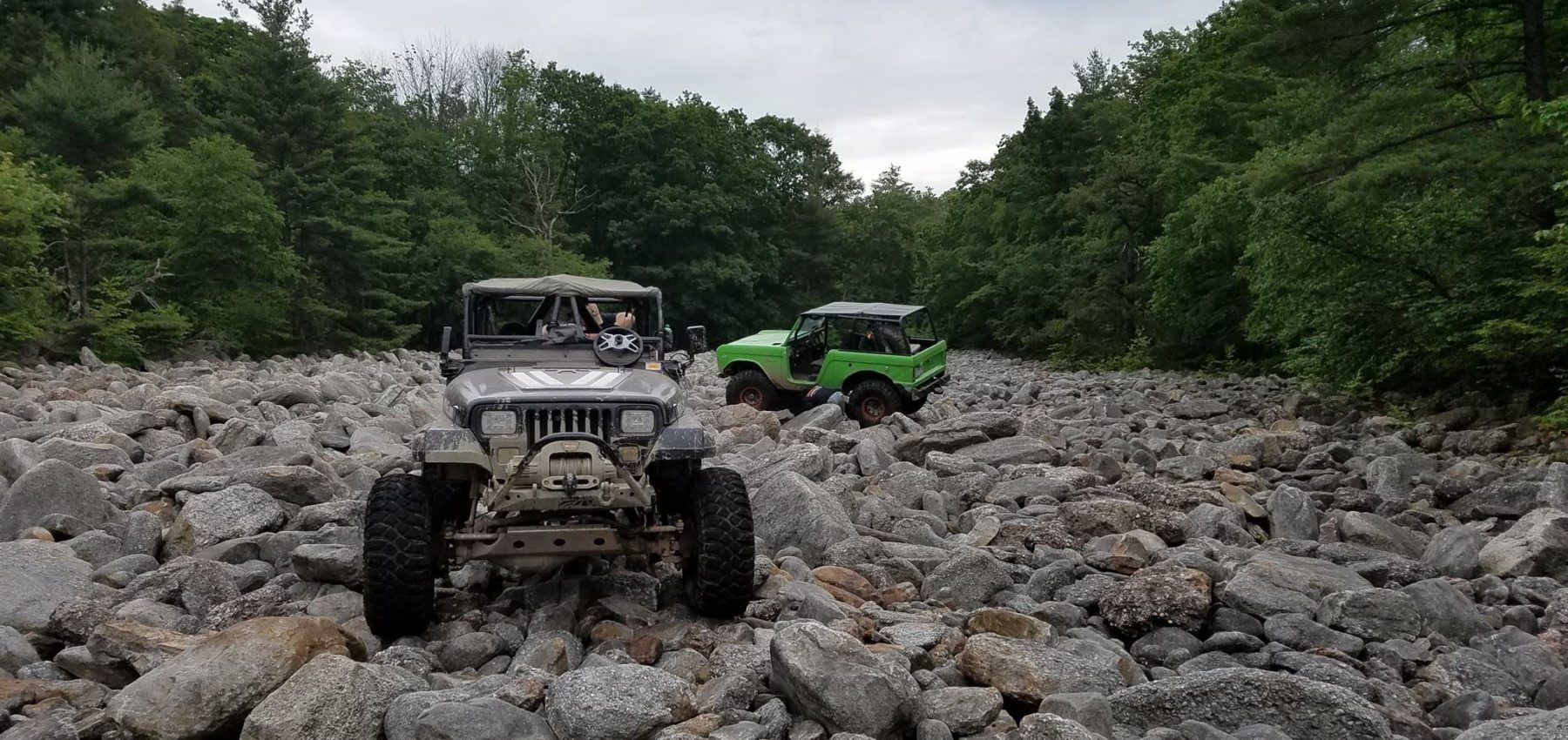 central North Carolina 4x4 on the rocks